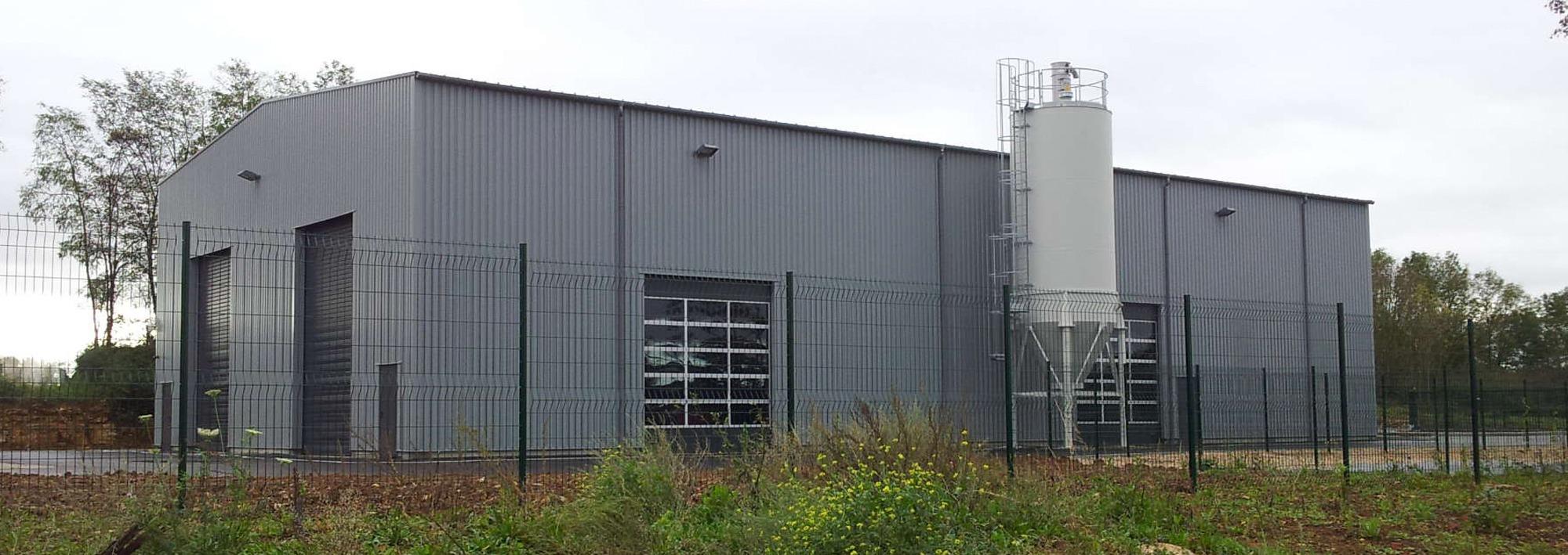 ALPHA-CARBONE-Authume-39-bureaux-laboratoire-salle-de-commande-vestiaires