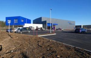 Construction d'un entrepôt de stockage et de bureaux